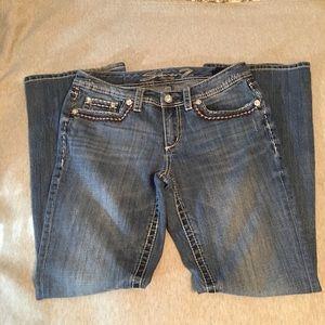 Seven 7 Women's Jeans p Hole in Back  SIze 10